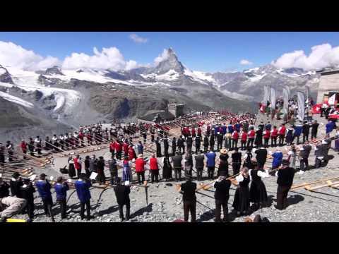 508 Alphorn Players set World Record