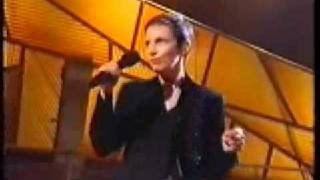 Train in Vain - Live - Annie Lennox