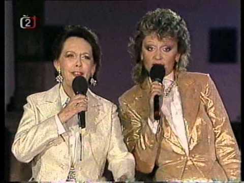 Jiřina Jirásková & Petra Janů - New York,New York