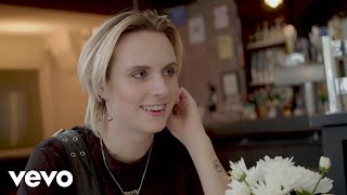 MØ   Deal Breakers & Day Drinking: A Dream Date With MØ