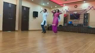 Morni Banke | Badhaai Ho | Guru Randhawa | Neha Kakkar | panjabi song 2018 | bollywood bhangra|