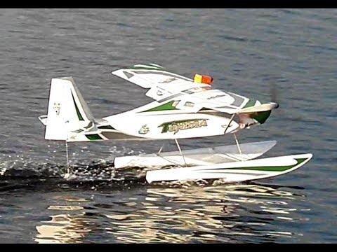 durafly-tundra-maiden-float-flight