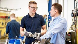 Sök till Scania Engineer Program!