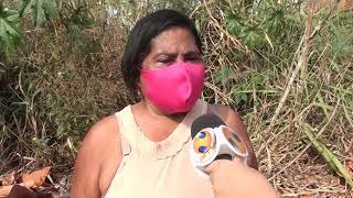 Moradores reclamam de descaso da prefeitura com lotes sujos e buracos no bairro Vila Rosa