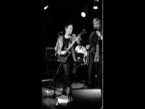 Sway - Fashion Girl.  Live at Bowery Electric
