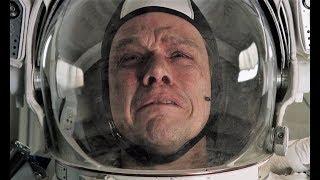 宇航员出了意外被遗弃在火星上,没有食物和水源他将如何活下去?