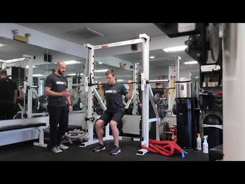 QT2 Strength Movement - Single Leg Hack Squat