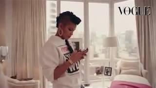 Cassie, Vogue.it - Cassie's closet