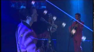 Chris Isaak live-Forever Blue