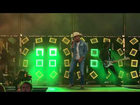 Dustin Lynch - Watershed 2018 - She Cranks My Tractor