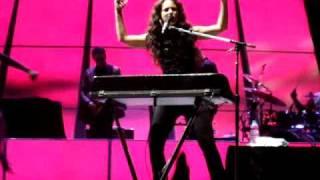 Alicia Keys - Go Ahead (As I Am Tour London O2)