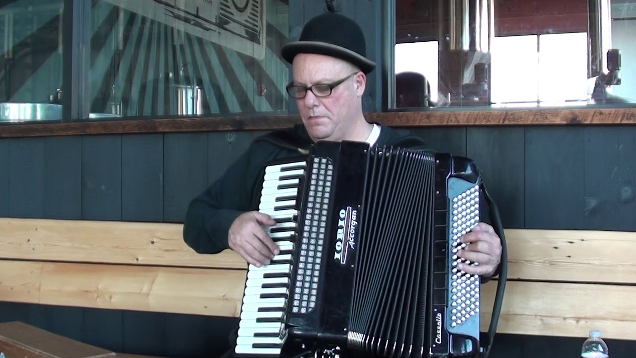 Hire Tom Persinos - Accordion Player in Boston, Massachusetts