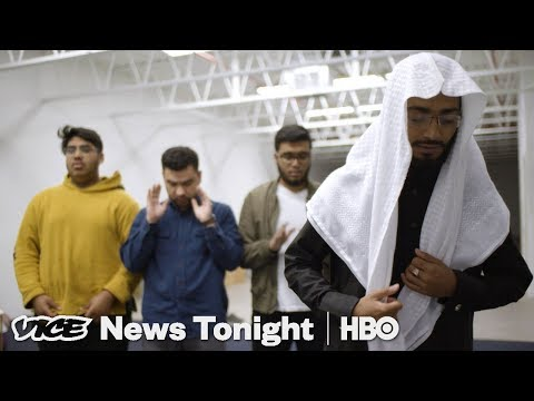Muslim Cop Patrol & Puerto Rico Disaster Relief: VICE News Tonight Full Episode (HBO)