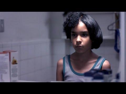 PELO MALO Bande Annonce (2014)