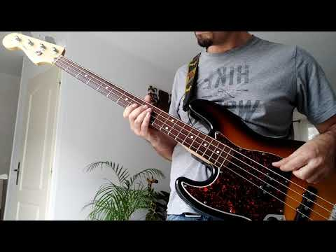 """Muse """"Easily"""" bass cover"""