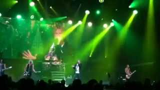 Def Leppard - Don't Shoot Shotgun (Live 2013)