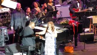 """Freeway of Love"" Aretha Franklin@Lyric Opera House Baltimore 11/13/14"