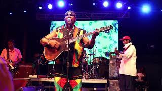 Toots & The Maytals - Do The Reggay (Live at Kaya Inc)