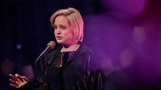"Video thumbnail of ""Live hos Lindmo: Frida Ånnevik - «Søtten år»"""