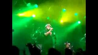 preview picture of video 'Luis Alfa & C4 - Club Tucuman de Quilmes (primeros 25:10 min del show)'
