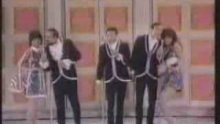 The 5th Dimension: Up Up and Away Video Medley