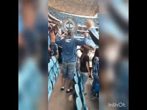 """""""Grêmio 3 x 2 Juventude 2021(a volta da banda da geral ao estádio)"""" Barra: Geral do Grêmio • Club: Grêmio • País: Brasil"""