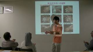 11月の健康公開講座ハンドケア実演