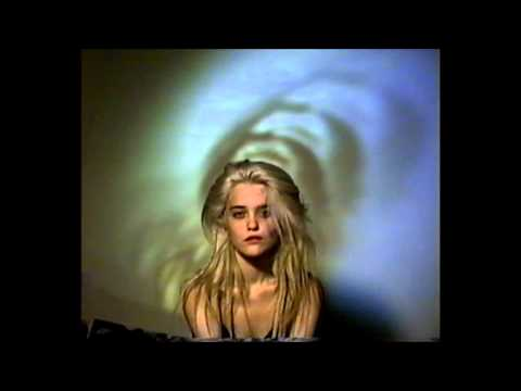Sky Ferreira - Lost in My Bedroom (Demo)