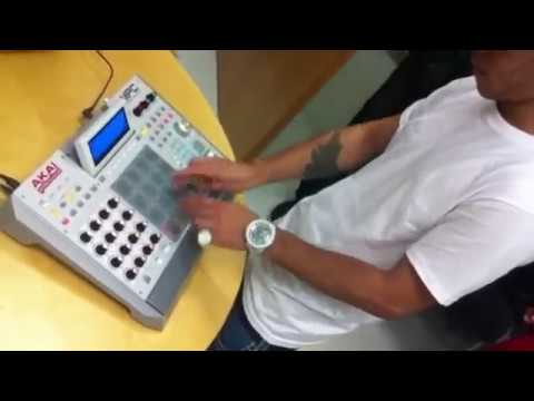 AraabMUZIK checks out the MPC Renaissance