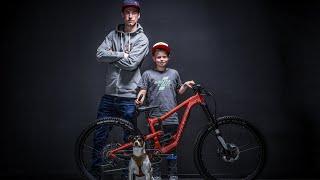 11-jähriger DOWNHILLER Johann Schumacher in action | Vater Heiko erklärt wie! | Jasper Jauch