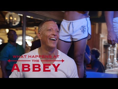The Abbey Goes Wild for David's Birthday | What Happens at the Abbey | E!