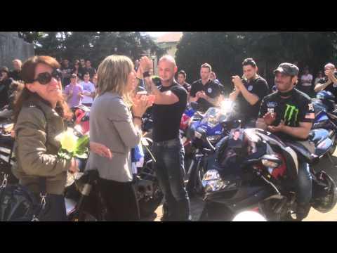"""Una commovente """"sgasata"""" per salutare Federico, tragicamente morto in moto"""