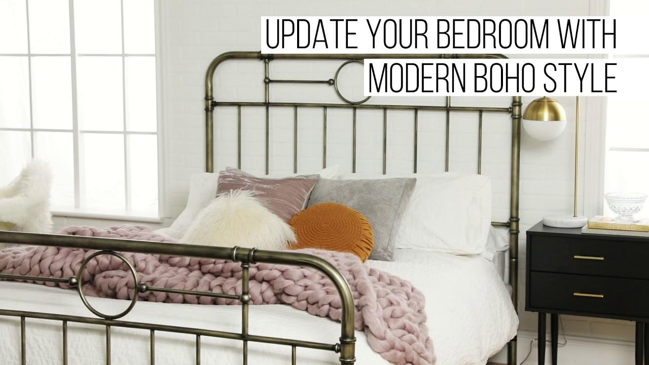 Antiqua Bronze Metal Pipe Queen Bed