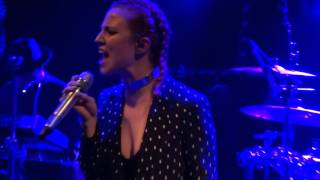 Jess Glynne   Right Here (Live In Paris)