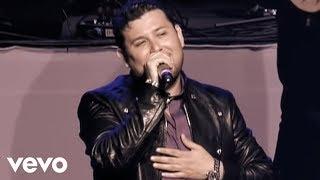Roberto Tapia   Caminos Diferentes (En Vivo)