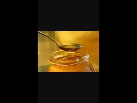Les masques pour la personne du gruau davoine avec le miel