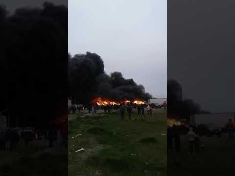 Video: Devastador incendio en una fábrica de Río Grande