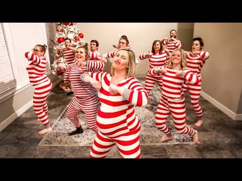 The Ultimate Christmas Pajama Dance 2018 (Kelly Clarkson- Underneath the Tree)