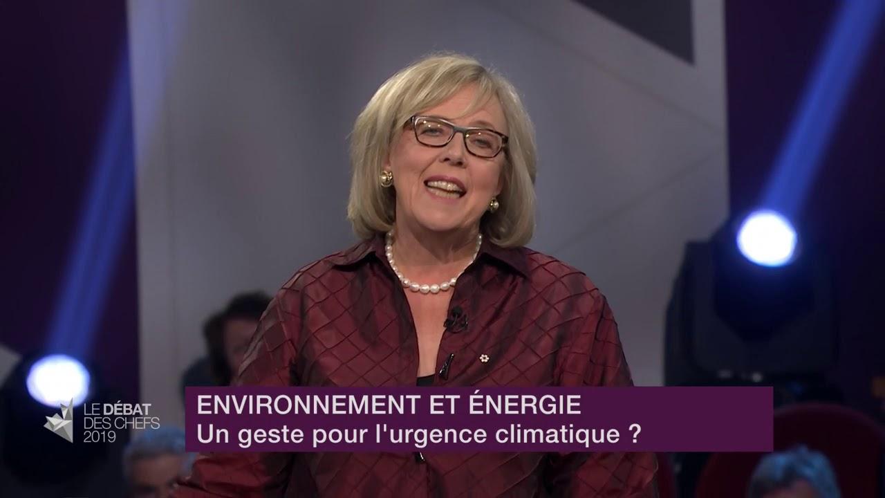 Elizabeth May répond à la question d'un citoyen sur les mesures environnementales