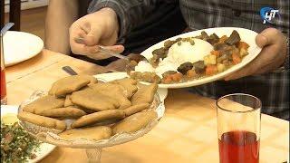 В Новгородском торгово-технологическом техникуме прошел кулинарный баттл «СТУДЕНЬ-ШОУ»