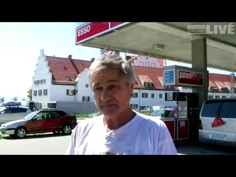 Der Plastikkanister für das Benzin in barnaule