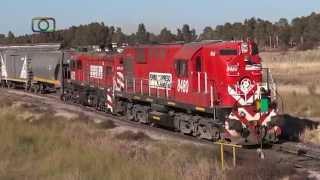 preview picture of video 'Hermoso tren vacío de FEPSA saliendo de Bordeu'