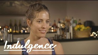 Bartenders Explain How to Buy a Drink for a Woman