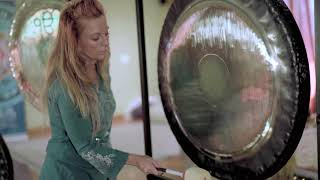 Gong Playing Techniques: Around the Clock
