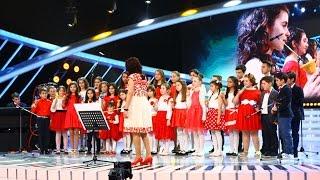 """Interpretarea corului """"Clopoțeii veseli"""" cu melodia """"O sole mio"""" - Luciano Pavarotti"""