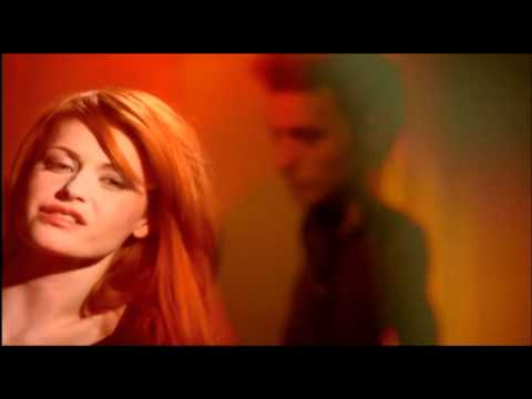 Axelle Red - A tatons (Clip Officiel)
