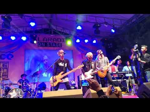 J-ROCKS Kamu, Aku dan kalian live Grage Mall City Cirebon