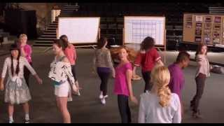 Pitch Perfect - Starships (Watch in 720 HD!)
