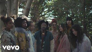 Jesse-Boykins-III---Earth-Girls-Starring-Rosario-Dawson