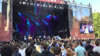 "Basement Jaxx performing ""Never say never"" Live at Positivus 2015"